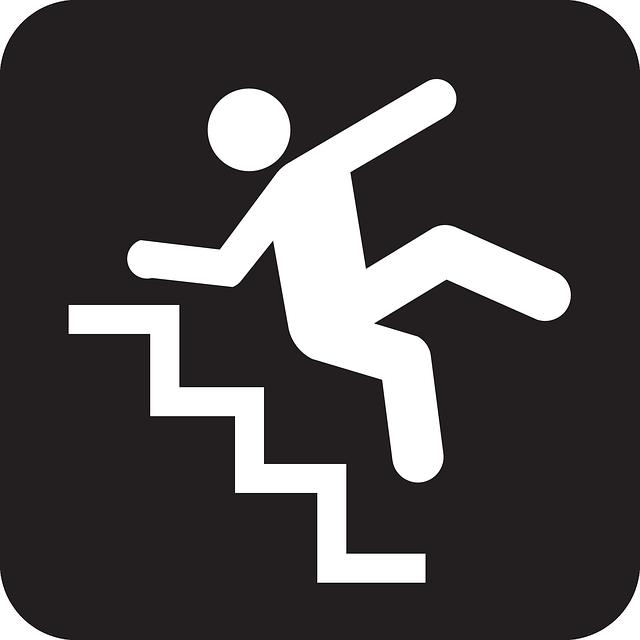 pád ze schodů